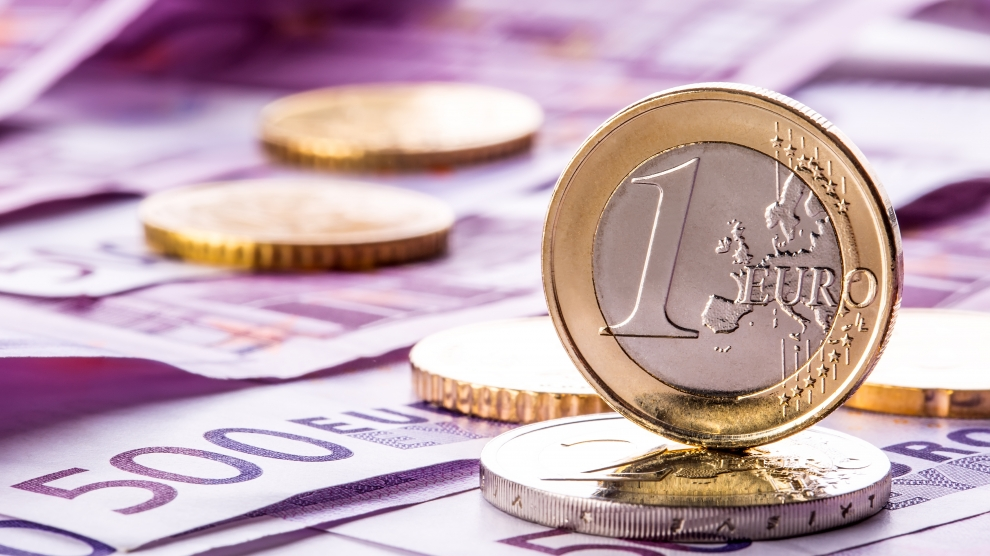 is romania still likely to adopt the euro in january 2019