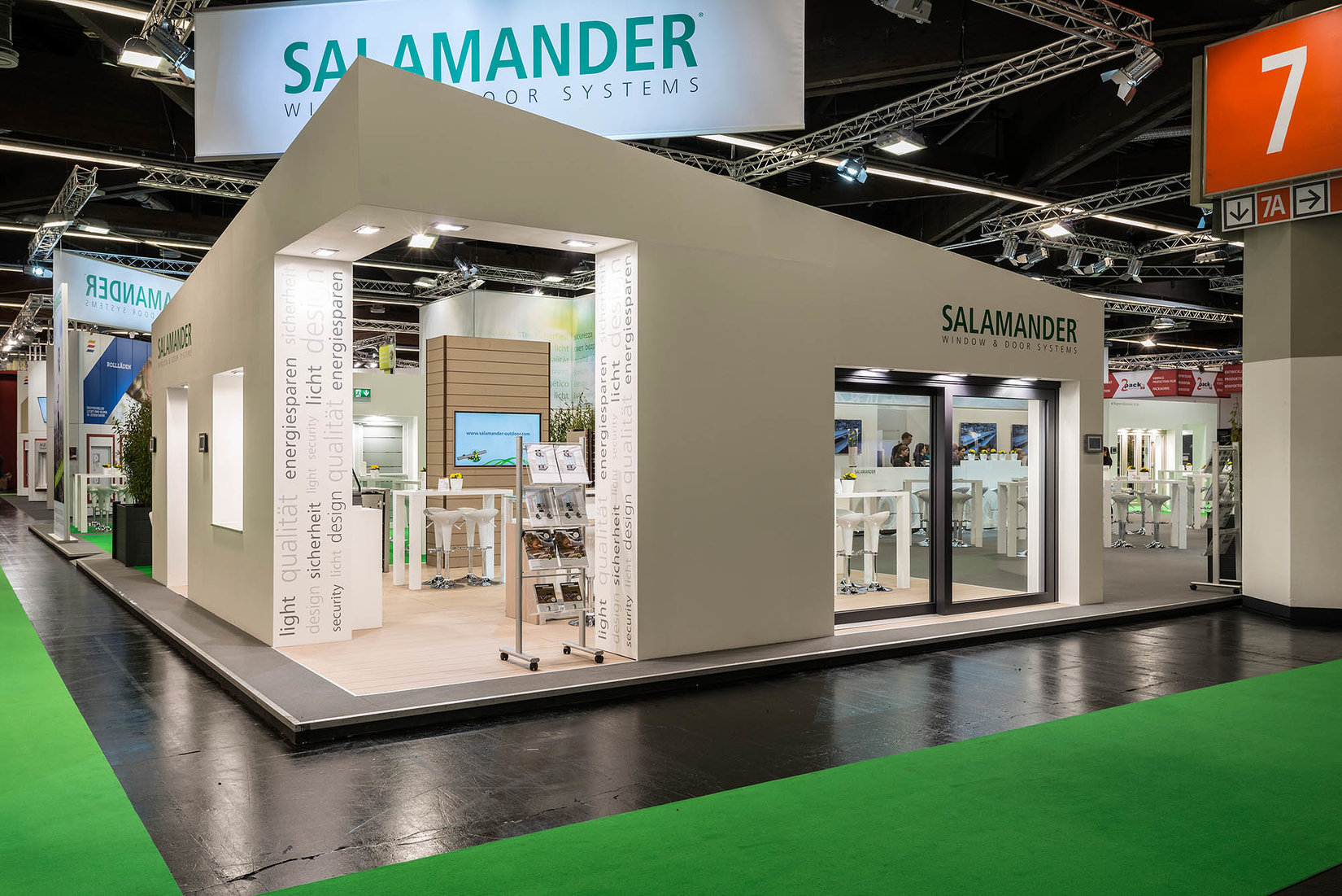 Salamander at Fensterbau/Frontale in 2016 (courtesy of Salamander)