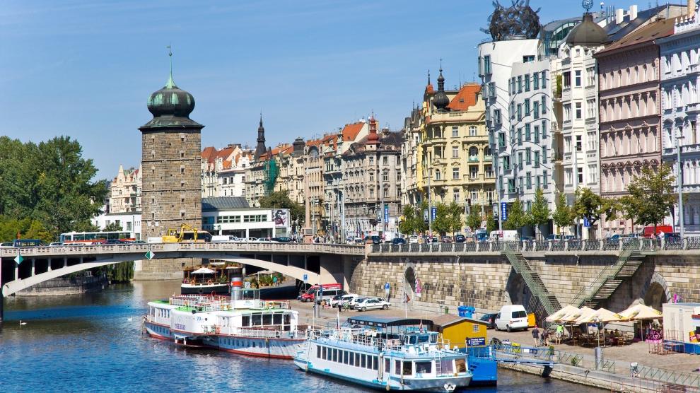 Prague, Warsaw, Budapest top region for real estate investment