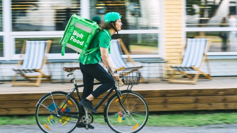 estonia bolt food delivery