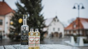 Estonic Soda Christmas Tree Tonic Water