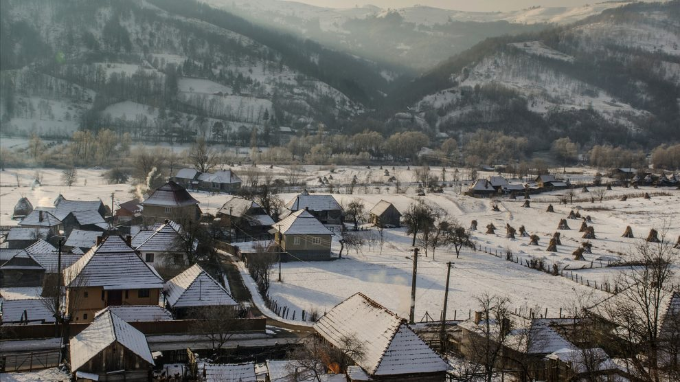 traditional houses-romania village