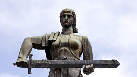 yerevan mother armenia statue