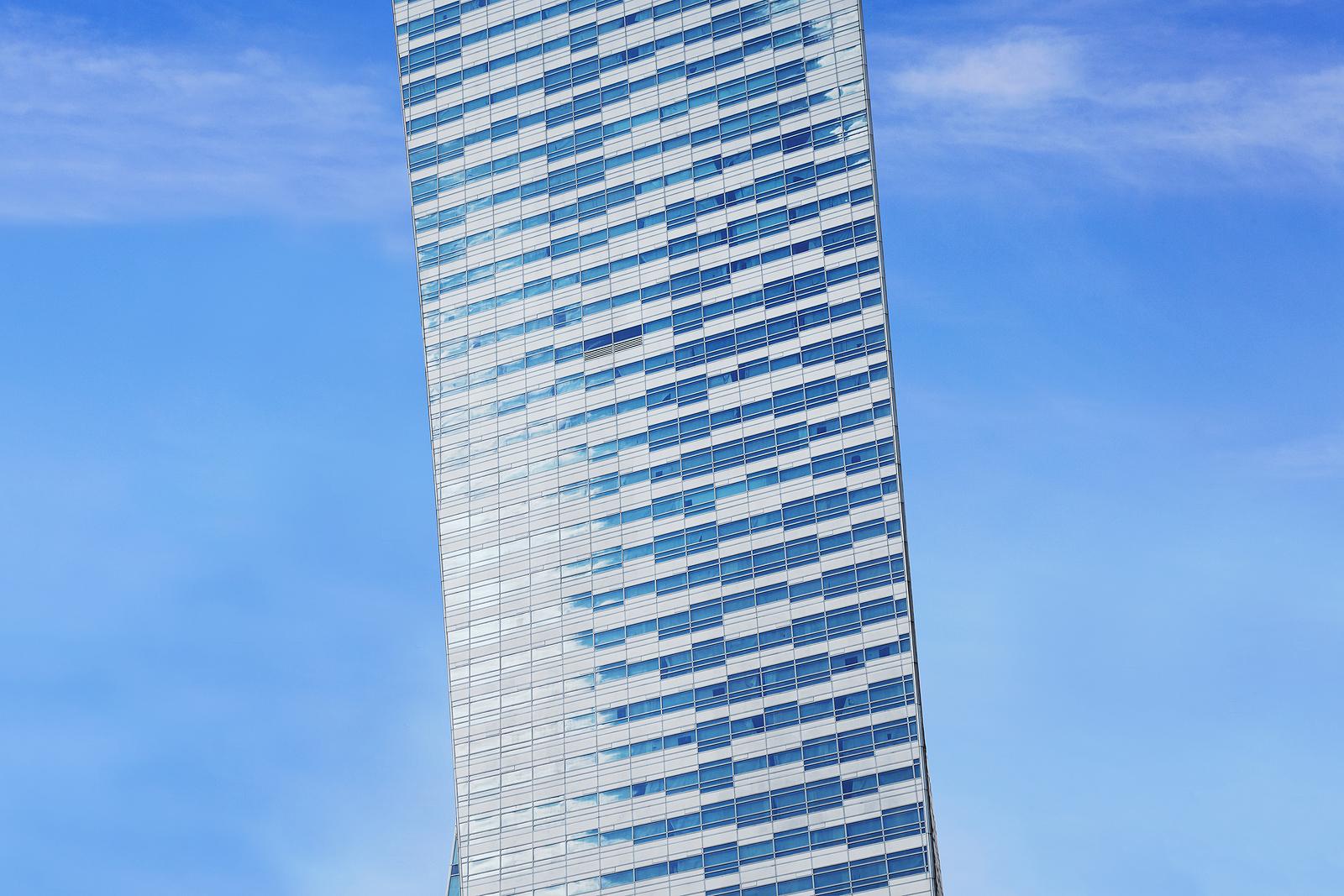 Libeskind's Zlota 44 skyscraper in Warsaw